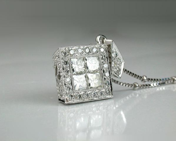 隱密式鑲嵌鑽石,墜飾